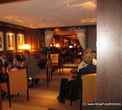 Cut at 45 Park Lane – Wolfgang Puck's Stylish American Steakhouse