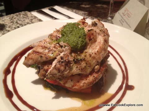 Pontis Italian Oxford Circus Chargrilled chicken marinated in rosemary,