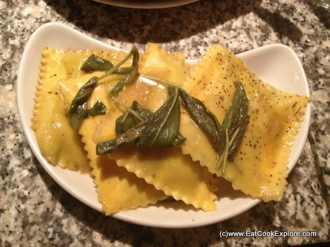 Pontis Italian Oxford Circus Spinach and ricotta raviolini