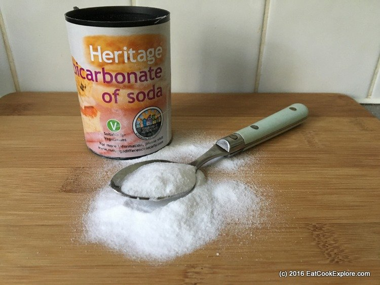 9 Baking Soda life hacks for your kitchen, home and more