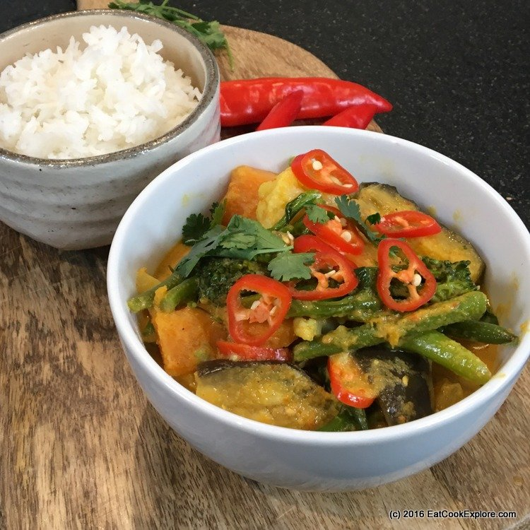 Anti-Inflammatory Malaysian vegetable curry