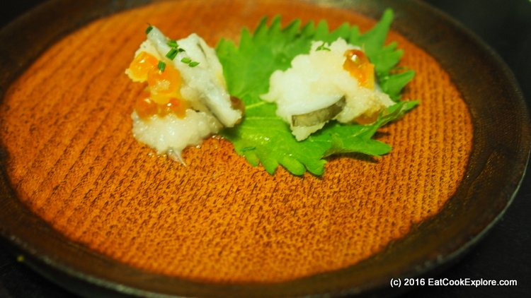 Salmon roe with pickled daikon
