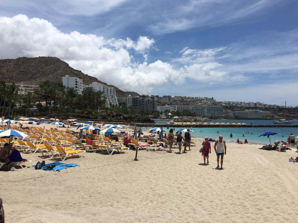 Anfi Beach is open to public