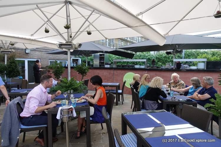Jumeirah Lowndes The terrace jumeirah lowndes belgravia eat cook explore the terrace jumeirah lowndes hotel knightsbridge sisterspd
