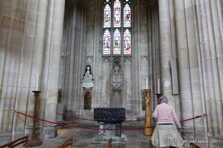 Winchester Cathedral The Tournai marble font