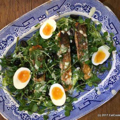 Almost Nicoise Salad: Pan fried salmon and egg salad