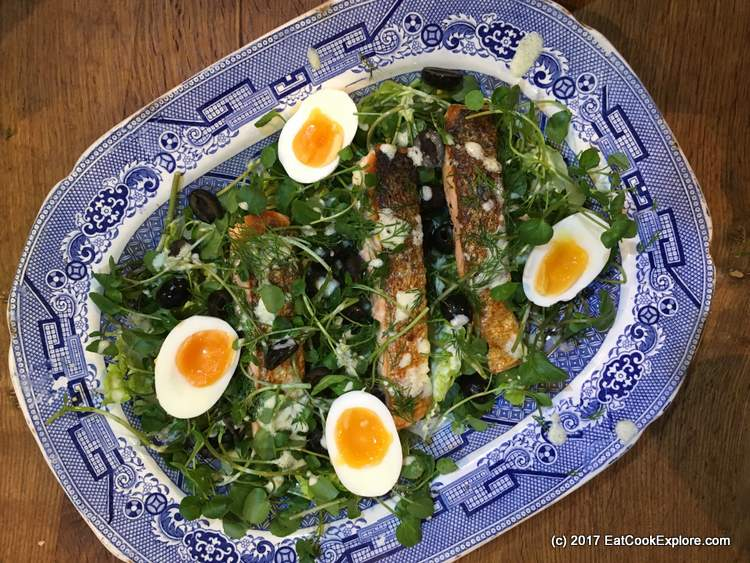 Almost Nicoise Salad: Pan fried salmon and egg salad