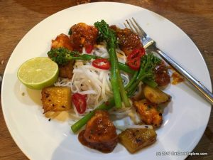 Honey sriracha chiken with grilled pineapples