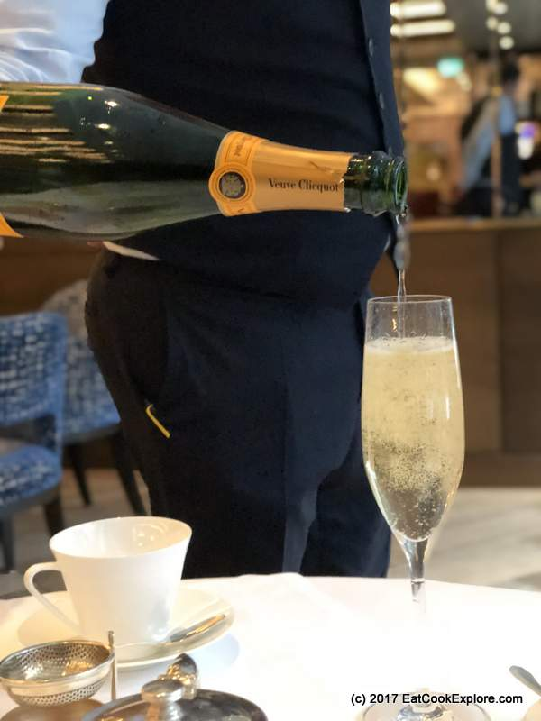 Devonshire Club Sushi in the City Bottomless Champagne