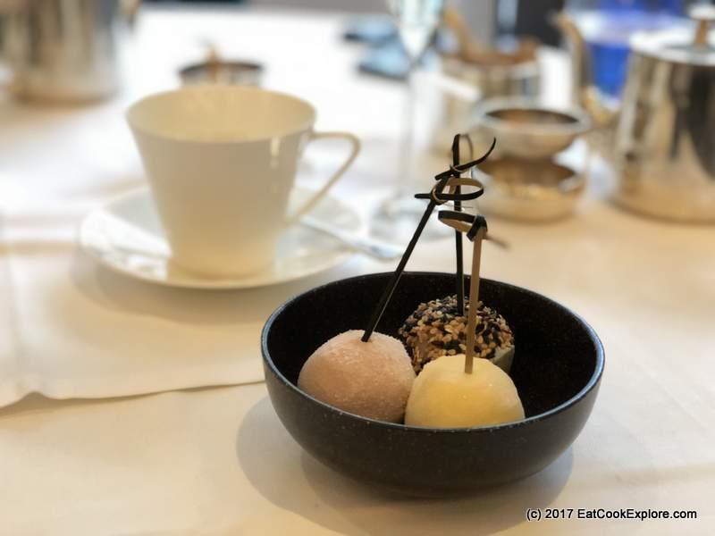 Devonshire club Mochi Ice cream