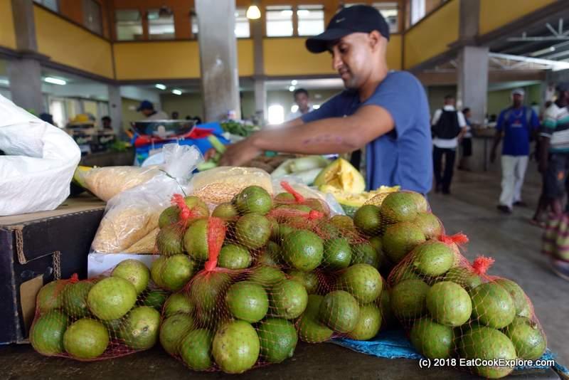 Rodrigues lemons at the Saturday Market
