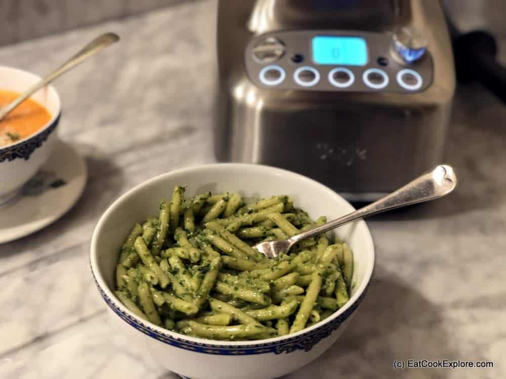 Review Sage Super Q Blender Make pesto in minutes